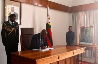 Prime Minister Ngirente Attends Funeral of Former President Robert Mugabe