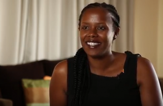 Queen Elizabeth Awards Rwandan Woman Who Feeds 400 Patients Daily