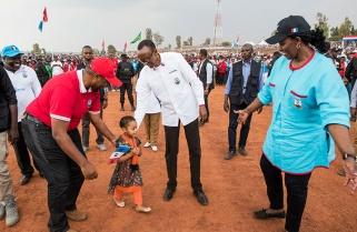 Kagame seeks votes in Ngoma District