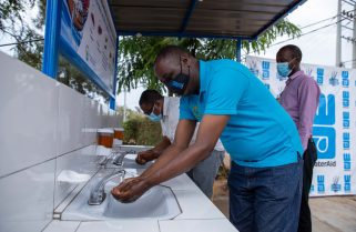 WaterAid Rwanda, Heineken Africa Foundation Team Up to Prevent COVID-19