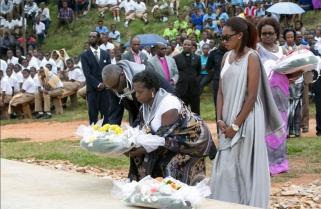 Rwanda Starts Commemoration of a Million Tutsi, Friends Join #Kwibuka23