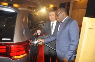 Rwanda Looks to More Electric Vehicles to Combat Air Pollution