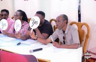 Imbuto's ArtRwanda Comes with Shocks; Even Minister Uwacu Can Sing
