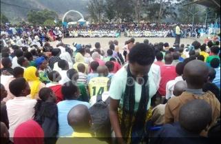 Ebola Threat: No Hugs, Thank You – Church to Christians in Western Rwanda