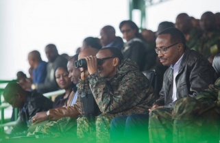 President Kagame Presides Over Training Exercise In Army Fatigues