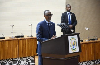 Kagame Blames Failure to Reach out to Citizens on 'Selfish' Leaders
