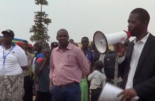 Independent Candidate Philippe Mpayimana campaigning in Gatsibo & Kayonza