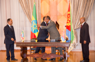 Kagame Salutes Ethiopia, Eritrea Leaders for Signing Deal to End Strife