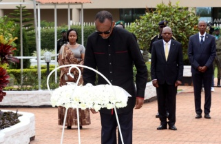 PHOTOS: Kagame Pays Tribute to Rwandan Heroes