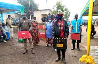 Rwandan, Burundian Border Communities Share A Drink On National Harvest Day