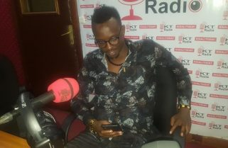 I want to be a Traditional Music Legend-Sentore