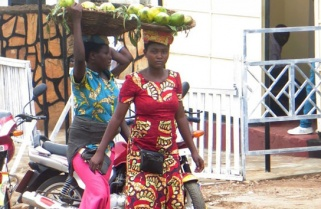 Street Vendors Inventing New Tricks to Evade Authorities