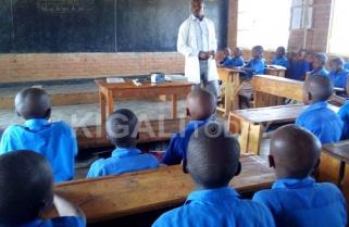 Are Rwandan Teachers Getting Richer?