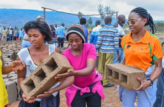 Rwandan Professionals Hesitant to Take Community Work to the Next Level