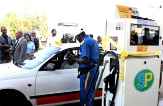 Fuel Pump Prices Drop More than Rwf20