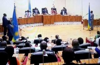 "Kagame Wants ""Bureaucracy"" Ended in Rwanda"