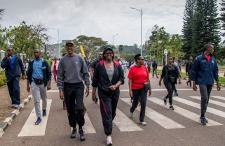 Kagame Joins Kigali Residents for Fitness Walk