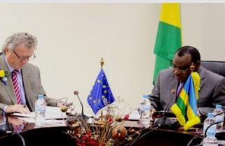 EU Signs Rwanda €177m For Electricity Roll-out