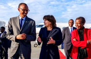 Kagame Touches Down In Amsterdam