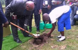 Countries Busy Downsizing Parks, Rwanda Expanding – Mkapa