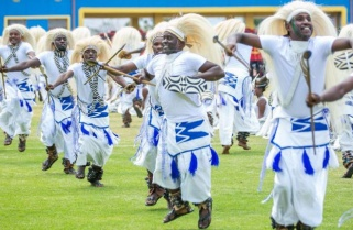 Rwanda Ballet Entertains Mammoth Crowd at Kenyatta Inauguration