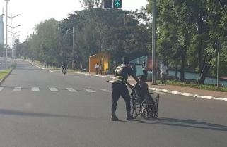 Meet Rwanda's Police Officer Jamming Social media